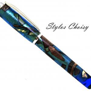 Plume empreinte resine bleue inclusions et platine 1